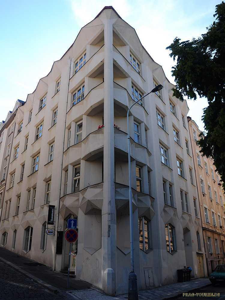 Prag touren kubistische architektur in prag - Beruhmte architektur ...